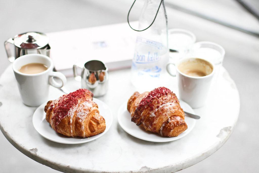 Ispahan croissant at le Schmuck-7.jpg