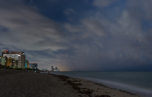 beach night nightscape pentax florida cloudy miami surfside nightpictures jorgegomez k5iis