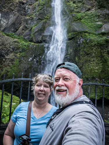 Selfies at Multnomah Falls