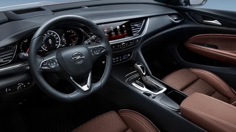 Opel Insignia Country Tourer 00003