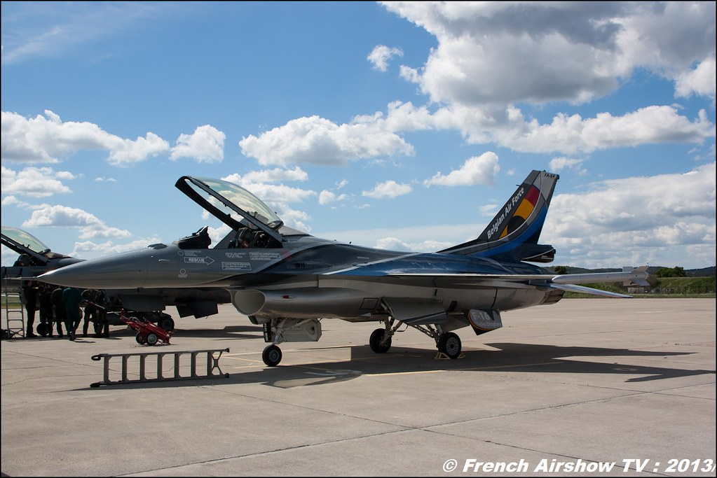 F-16 belge display au Spotter Day BA-701