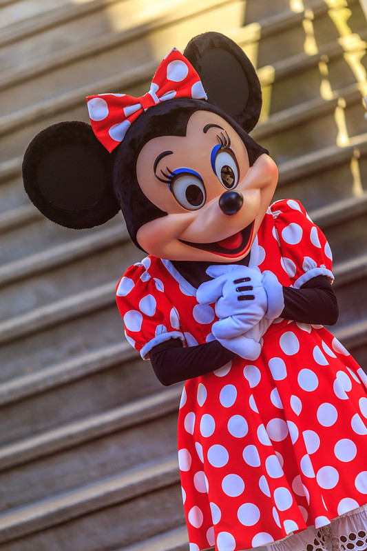 Minnie Greets Guests on the Streets of America