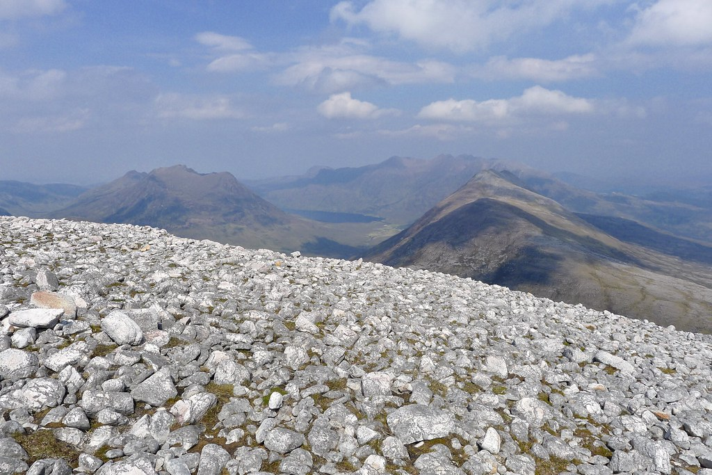 Loch na Sealga and An Teallach