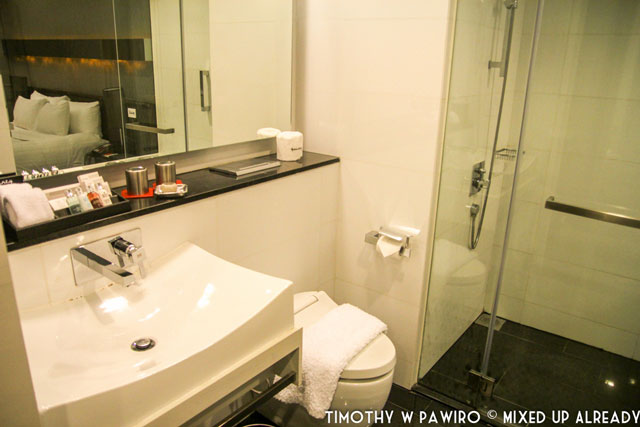 Asia - Singapore - Quincy Hotel - The bathroom