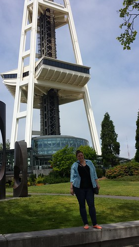Shandra and Space Needle 2