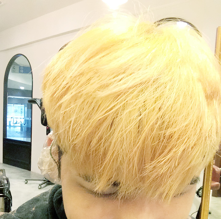 typicalben yellow hair