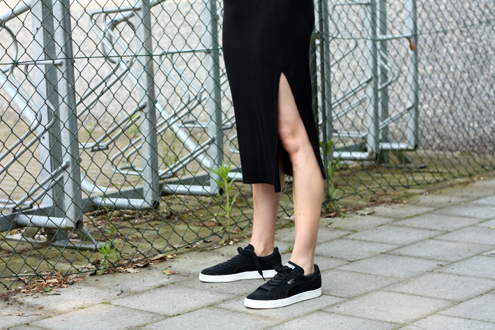slit skirt puma sneakers outfit