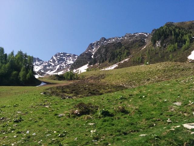Natur pur beim Aufstieg zum Klaussee und Rauchkofel