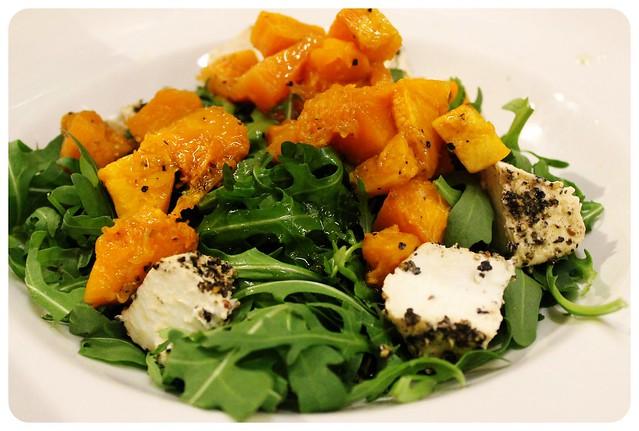 gululu restaurant salad