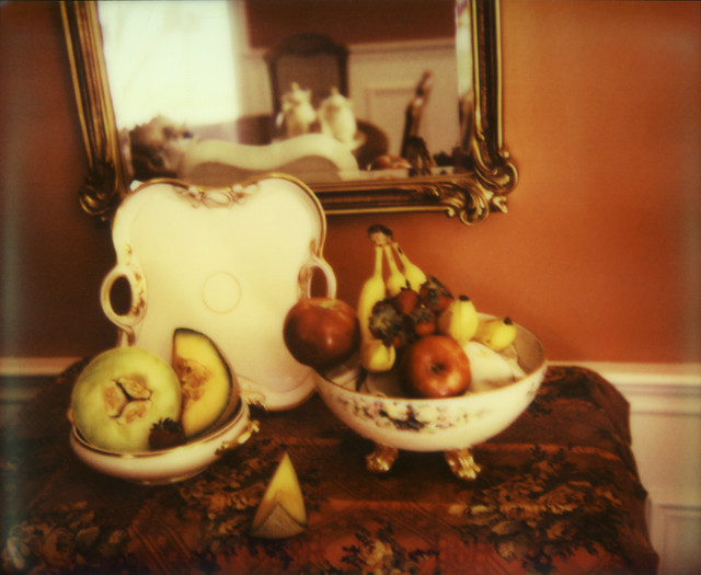 still life of fruit (close)