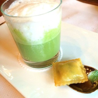Wild Garlic Soup @ Victoria-Jungfrau