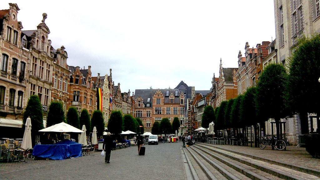 place-oude-markt-leuven.jpg