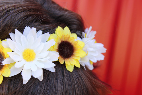flower crown, sunflowers, sunflower crown, sunflower flower crown, yellow and white flower crown, ren faire, renaissance faire