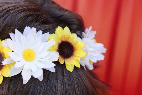 flower crown, sunflowers, sunflower crown, sunflower flower crown, yellow and white flower crown, ren faire, renaissance faire