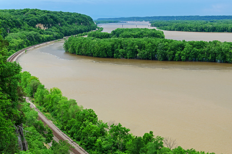Bend in the Mighty Mississippi