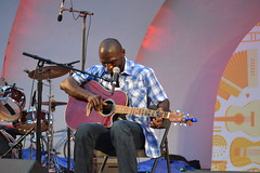 004 Cedric Burnside