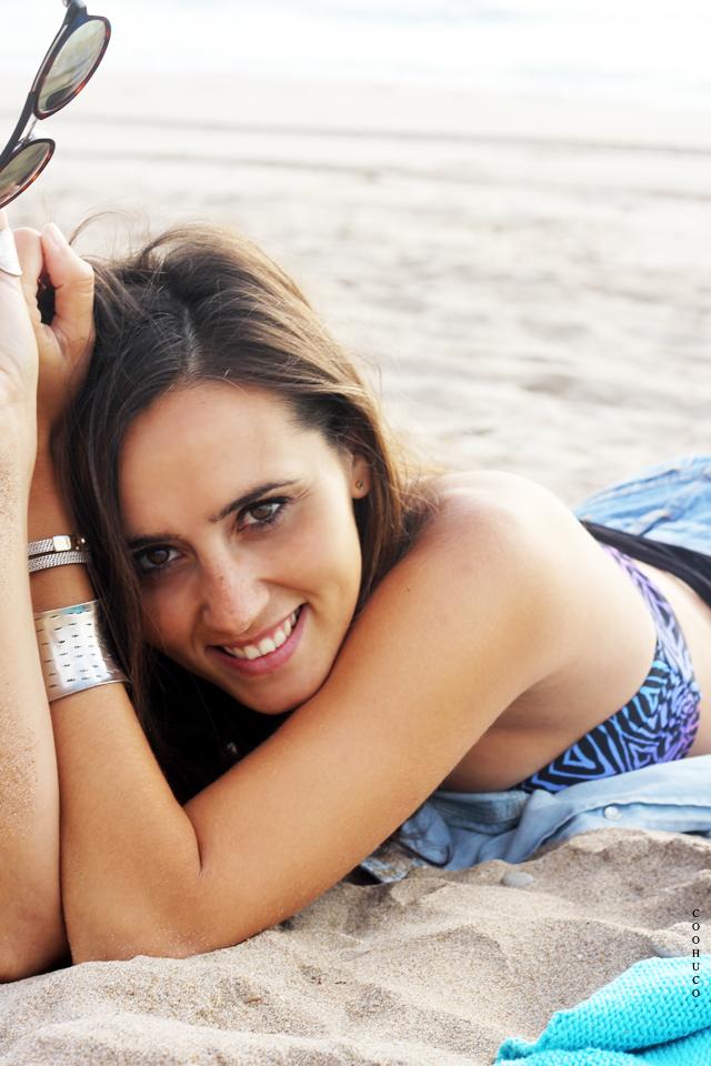 bikini girl beach coohuco 15