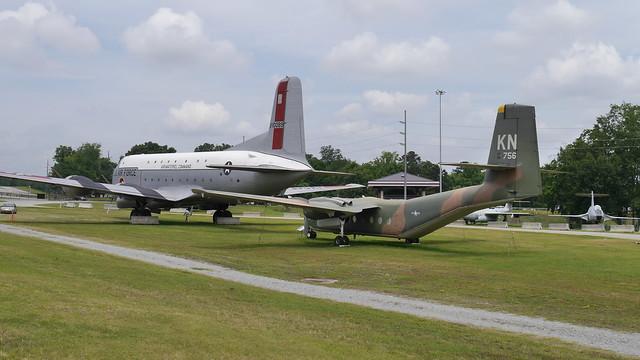 DHC C-7A Caribou & Douglas C-124C Globemaster II
