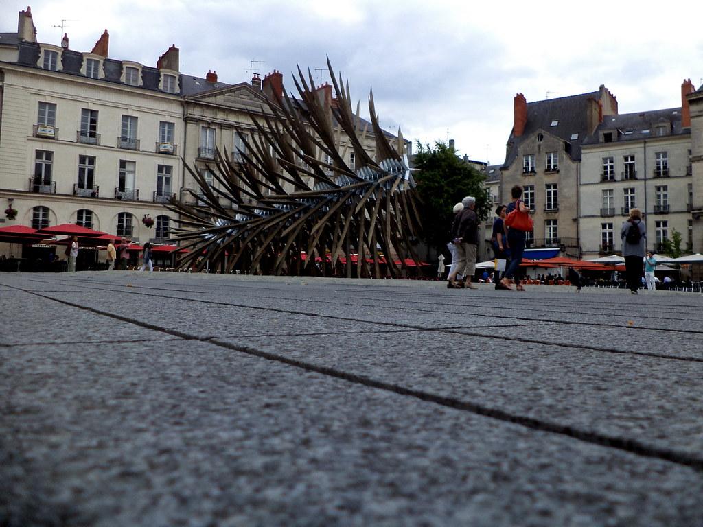 [Place du Bouffay] Vincent Mauger, Résolution des forces en présence