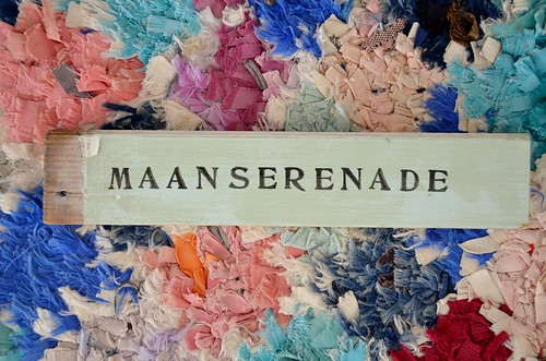 wood & word sign [maanserenade]