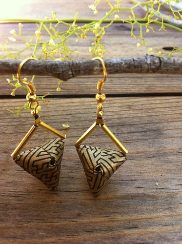 triangle-origami-earrings
