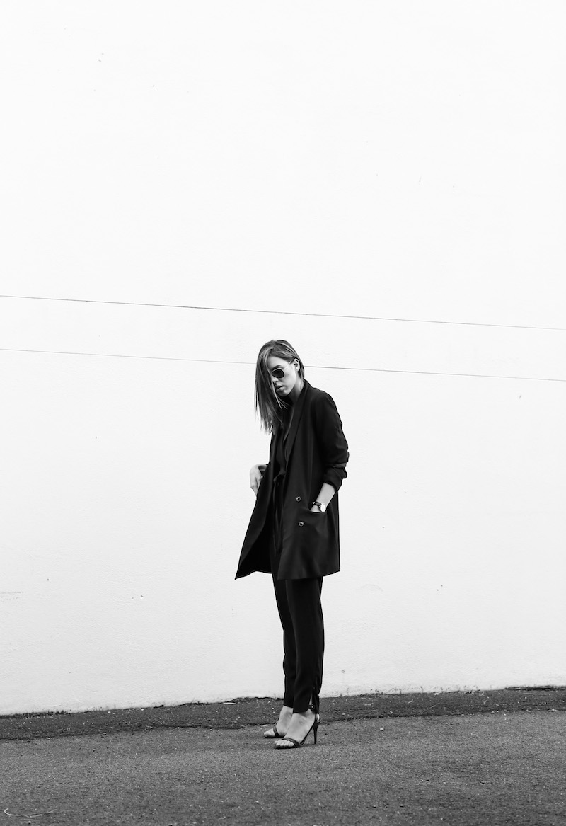 modern legacy fashion blog australia office wear Witchery jumpsuit street style all black Alexander Wang Antonia heels Monki oversized boyfriend blazer  (3 of 8)