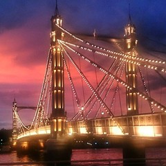 Albert Bridge #London #Battersea #bridge #Thames #sunset #SW11