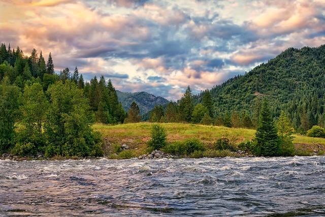 река Лочса