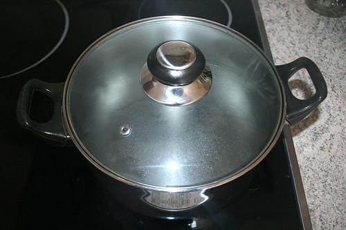 15 - Wasser aufsetzen /Bring water to boil