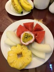 金, 2014-05-16 17:26 - ホテルの朝食のフルーツ