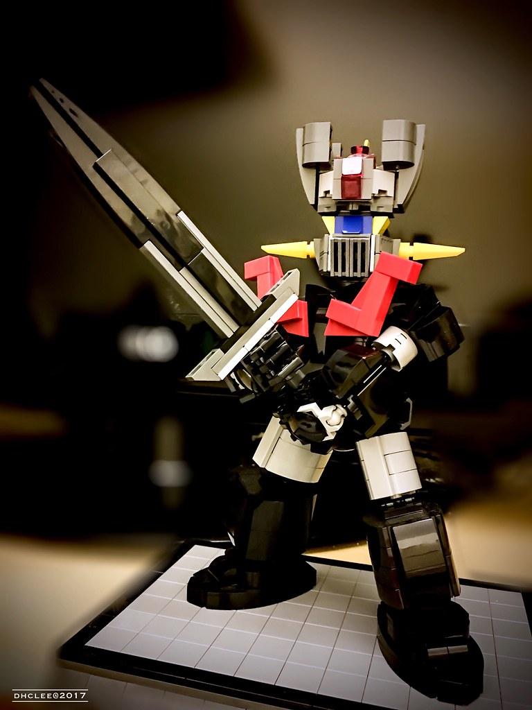 Mazinger Z (custom built Lego model)