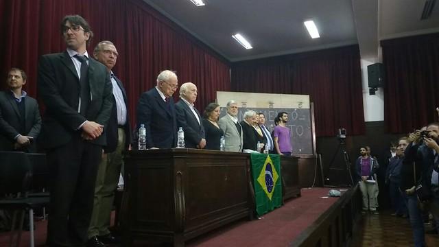 Intelectuais e artistas se reúnem na Faculdade Largo São Francisco para lançamento de manifesto - Créditos: Paula Masulk/ Centro Acadêmico XI de Agosto