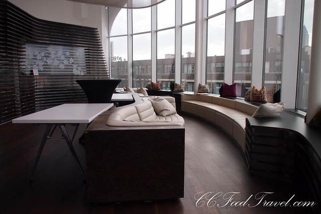 i heard a roomer roomers frankfurt. Black Bedroom Furniture Sets. Home Design Ideas