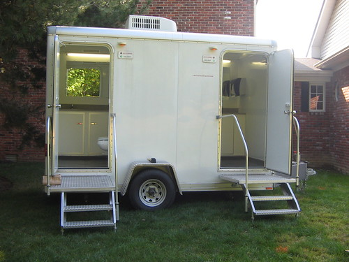 men and womens luxury restroom trailer - Bathroom Trailers