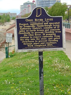 82.2003.1ohioriverlevee-side2