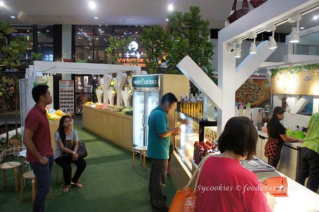1.fresh juice usj garden shop (4)