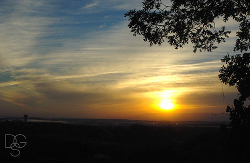 camping trees clouds sunrise missouri framing branson bransonviewcampground