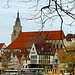 mächtige Tübinger Stiftskirche (1470 bis 1483 erbaut )  und kastenförmige Lateinschule, Schola Anatolica genannt  (etwa seit  1312 auf dem Schulberg) - cityscape - Stadtlandschaften by eagle1effi