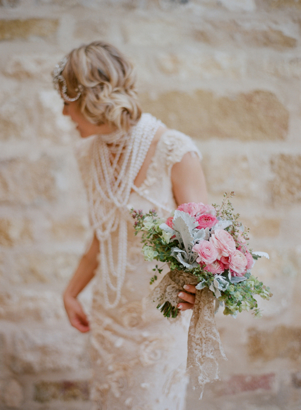 elopement-with-a-carefree-spirit-bouquet-accessories-vera-wang-dress