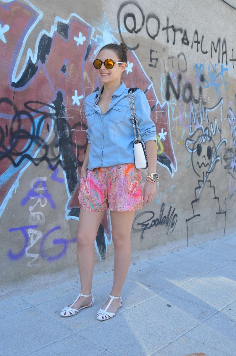 lara-vazquez-madlulablog-denim-colourful-look-spring-trends-shades