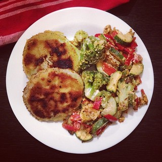 kohlrabischnitzel und gemüse