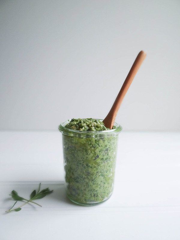 sunflower seed herb pesto