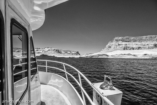 Rainbow Bridge Boat Trip #2 - Nikon 1 V1 - Infrared 700nm