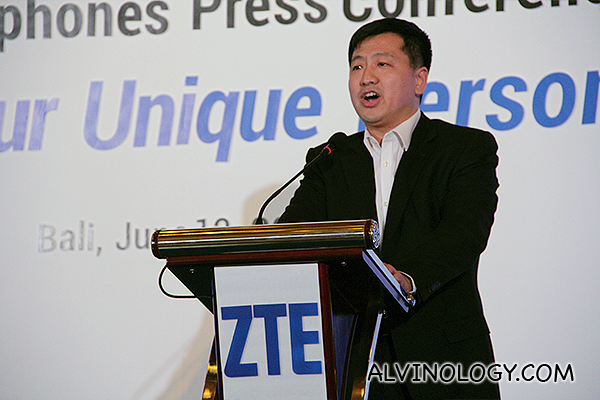 Jacky Zhang from ZTE addressing the audience on stage