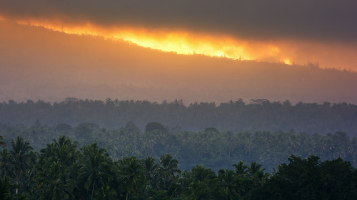 bali mountain fog forest sunrise indonesia landscape restaurant nikon coconut sigma os burning f28 rendang 70200mm karangasem d7100 mahagiri