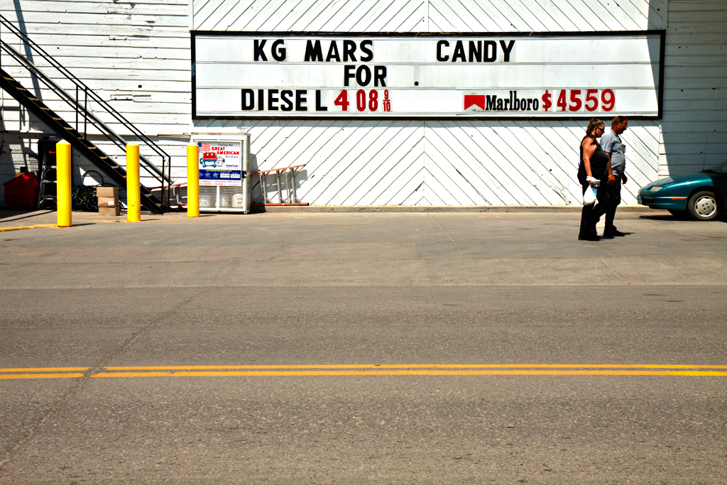 Gas-station-and-convenience-store--Williston