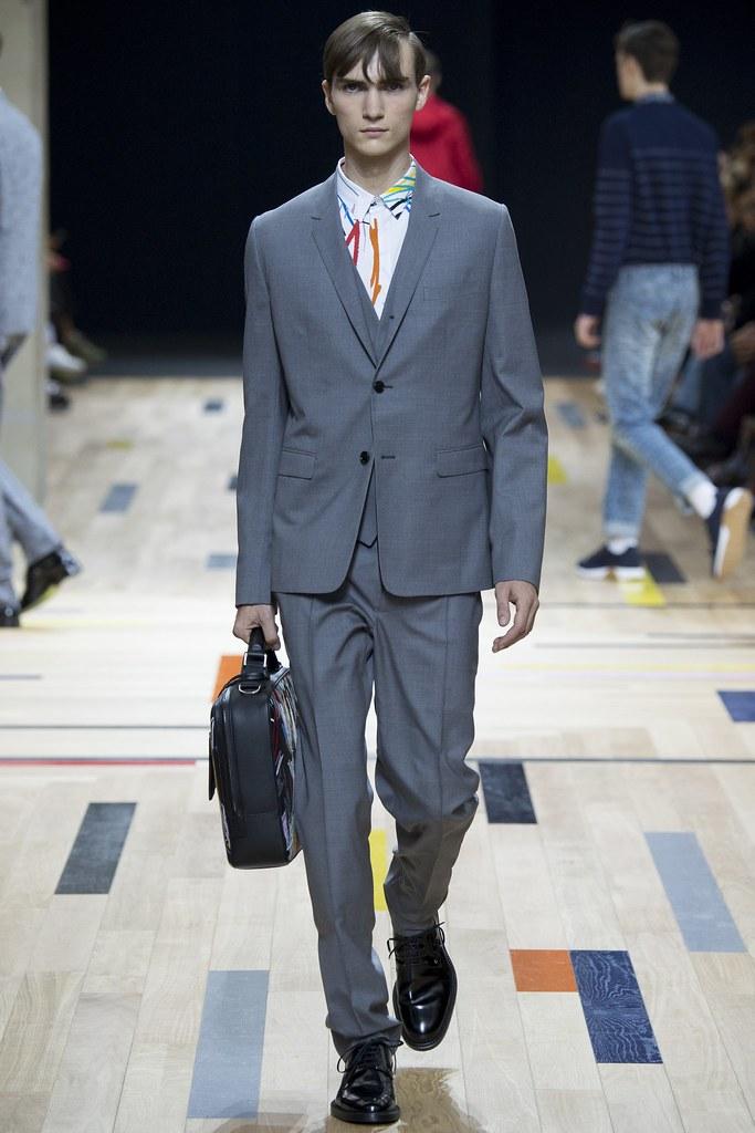 SS15 Paris Dior Homme036_Gryphon O'Shea(VOGUE)