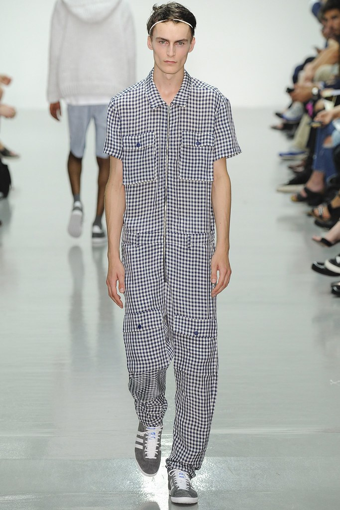SS15 London Richard Nicoll006_Jack Chambers(VOGUE)