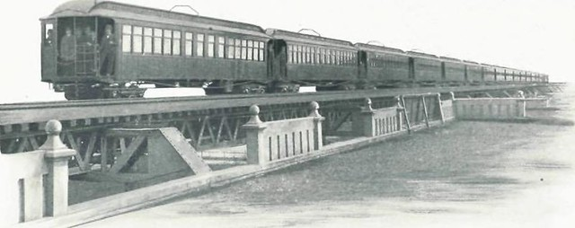 "Image from page 8 of ""Engineering problems in electric elevated and suburban railroading"" (1899) from Flickr via Wylio"