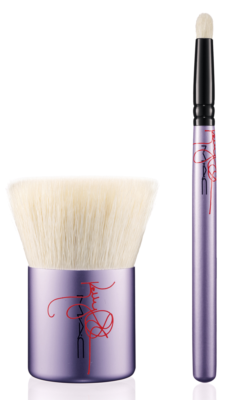 Kelly Osbourne BRUSHES